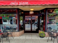 reds-place-02